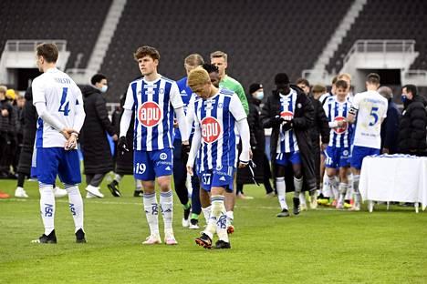 HJK:n pelaajat pettyivät Suomen cupin finaalissa, joka pelattiin ilman yleisöä 8. toukokuuta.