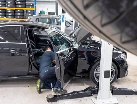 Nykyautoissa pitää kiinnittää erityistä huomiota sisäilmansuodattimen kuntoon, ja sen vaihto kannattaa ajoittaa talven alle.