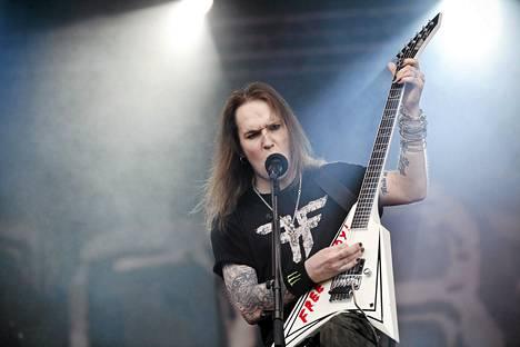 Children of Bodom esiintyi Joensuun Ilosaarirockissa heinäkuussa 2012. Kuvassa Alexi Laiho.