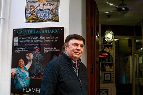 Flamencokitaristi José Luis Postigolla on arvokas antiikkikitaroiden kokoelma.