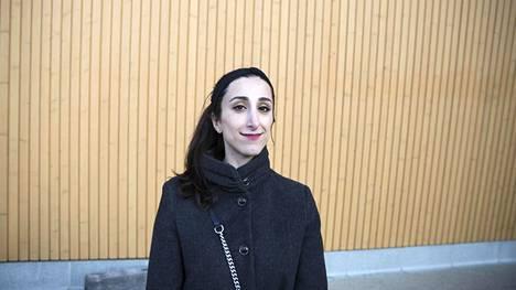 Lara Juvonen haluaisi, että terveyskeskuksista tulisi houkuttelevia työpaikkoja myös nuorille lääkäreille.