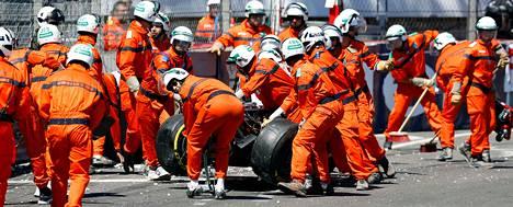 Henkilökunta joutui siivoamaan Williamsin Pastor Maldonadon ulosajon jälkiä.