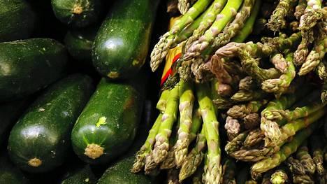 Kasviksia syövät varsinkin ne, jotka ovat temperamentiltaan riippuvaisia toisten hyväksynnästä.