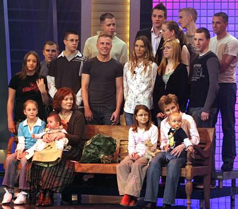 Annegret Raunigk esiintyi lastensa ja lastenlastensa kanssa saksalaiskanava RTL:n ohjelmassa joulukuussa 2005.