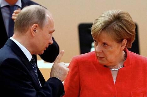 Vladimir Putin ja Angela Merkel tapasivat Hampurin G20-kokouksessa viime heinäkuussa.