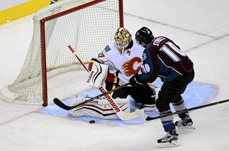 Calgary Flamesin Joni Ortio oli ohittamaton.