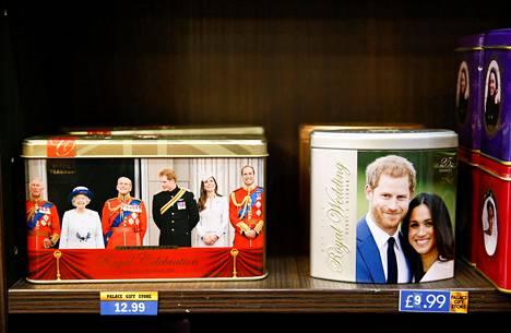 Herttuapari Harry ja Meghan aikovat jatkossa harjoittaa liiketoimintaa oman tuotemerkkinsä kautta.