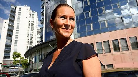 Kouvolan kaupunginjohtaja Marita Toikka myhäilee ajatellessaan Kouvolaa koko Kaakkois-Suomen keskuksena.
