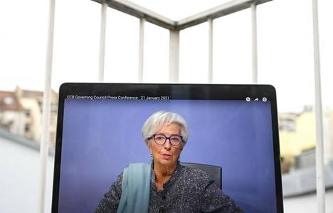 Europan keskuspankin pääjohtaja Christine Lagarde varoitti torstaina, että koronaviruspandemian paheneminen on riski myös euroalueen taloudelle.