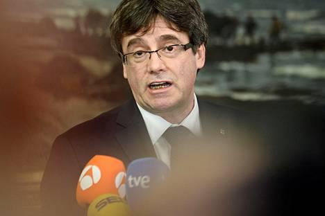 Katalonian entinen aluejohtaja Carles Puigdemont vierailee Suomessa loppuviikosta.