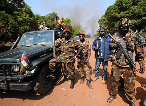Seleka-kapinallisjoukkojen jäseniä Keski-Afrikan tasavallassa viime tammikuussa.