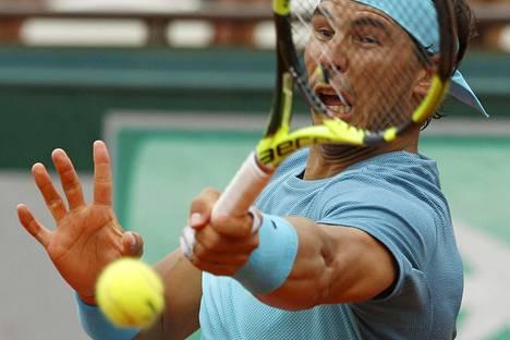 Rafael Nadalin vasemman käden ranteessa oli vamma jo torstain pelissä.