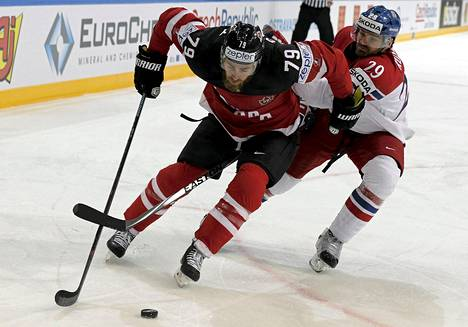 Ryan OReilly edusti Kanadaa MM-kisoissa.