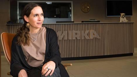 Meri, energia ja intohimo ovat kaupungin tunnetut kärjet, jotka markkinointiviestintäpäällikkönä Mirka Oy:ssä työskentelevä Hanna Alavillamo allekirjoittaa täysin.
