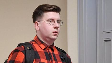Kansanedustaja Sebastian Tynkkynen (ps) eduskunnan täysistunnossa 25. syyskuuta.