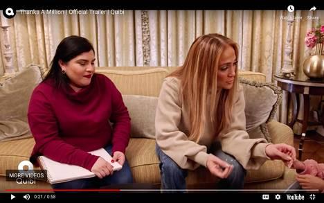 Thanks a Millionin ensimmäisessä jaksossa Jennifer Lopez tapaa fanejaan.