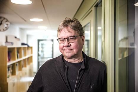 Pekka Sauri asettuu ehdolle kuntavaaleissa.