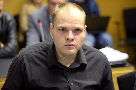 Aiemmin paloittelumurhasta tuomittu Markus Pasi Pönkä Helsingin käräjäoikeudessa 5. lokakuuta 2015.