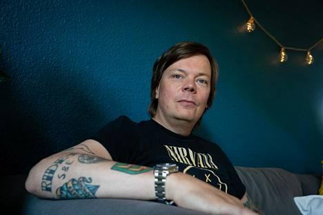 """Jussi Mäntysaaren mukaan tyypilliselle radiokuuntelijalle on """"aina vähän riski kuulla uutta musiikkia""""."""