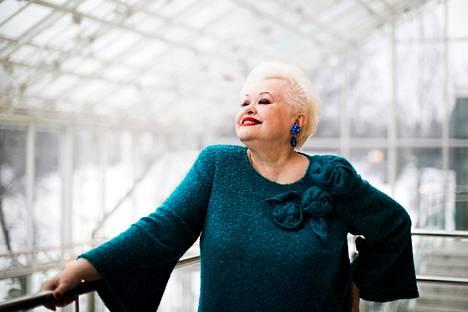 Anneli Saariston 70-vuotisjuhlakiertue starttasi keskiviikkona Helsingistä. Tänään torstaina ollaan Tampere-talossa, josta kuva.