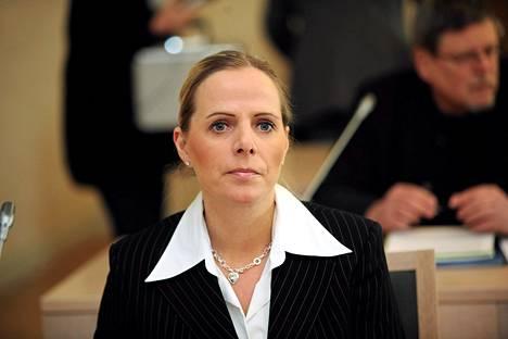 Susan Ruusunen oikeudessa 2010.