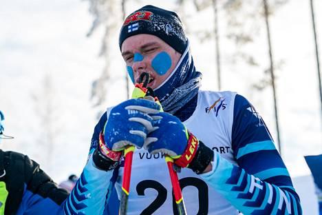 Pronssia hiihtänyt Alexander Ståhlberg jätti ladulle kaikkensa.