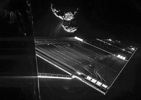 Rosetta luotaimen omakuva vuoden 2014 lopulta.
