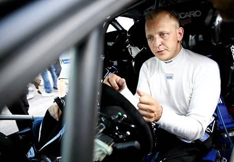 Mikko Hirvonen ajoi viimeisen MM-rallinsa Walesissa.