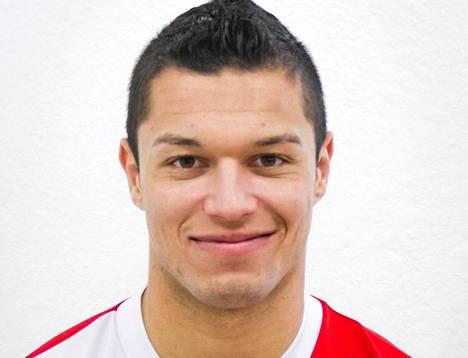 Hendrik Helmke laukoi Jaron avausmaalin FC Lahtea vastaan.