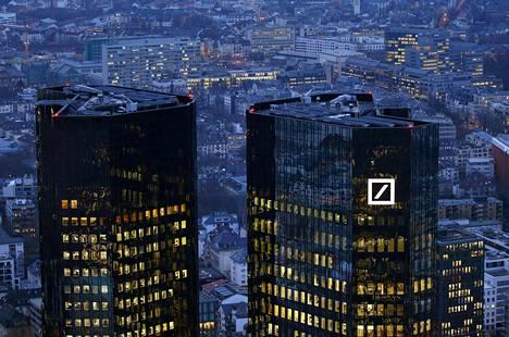 Deutsche Bankin pääkonttori Frankfurtissa Saksassa.