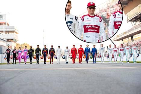 Kuvakaappaus ryhmäkuvasta Formula 1 -twittertililtä.
