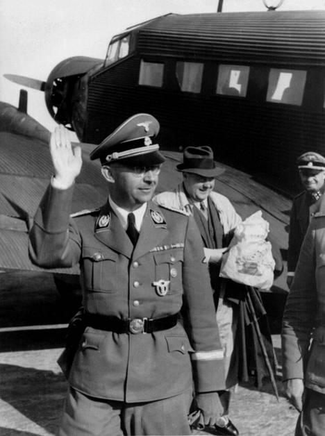 Heinrich Himmler (1900–1945) piti muinaishistoriasta.
