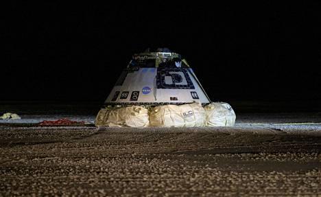 Starliner palasi Maan pinnalle vain kaksi päivää laukaisunsa jälkeen.