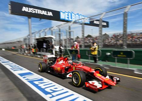 Kimi Räikkönen Australian gp:n aika-ajoissa.