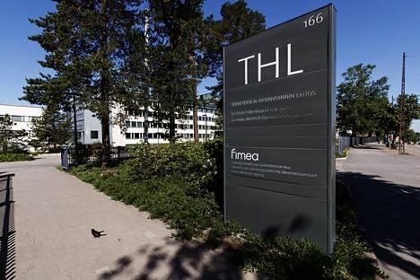 Terveyden ja hyvinvoinnin laitos (THL) uudisti koronavirustilastointia keskiviikkona.
