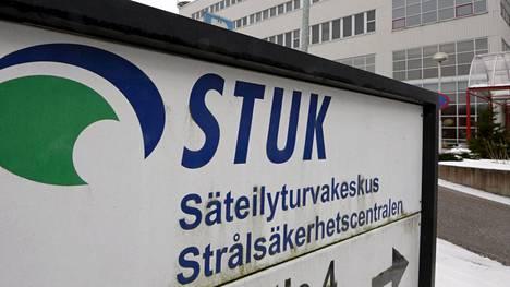 Mattilan mukaan Helsingissä havaitut radioaktiiviset isotoopit koboltti, rutenium ja cesium syntyvät ydinreaktoreissa, kun polttoaine hajoaa ja vapautuu energiaa.