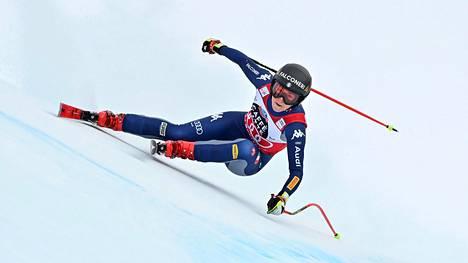 Italian Sofia Goggia maailmancupin syöksylaskukilpailussa Crans-Montanassa.