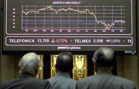 Pörssimeklarit seurasivat pörssikursseja Madridissa tiistaina.