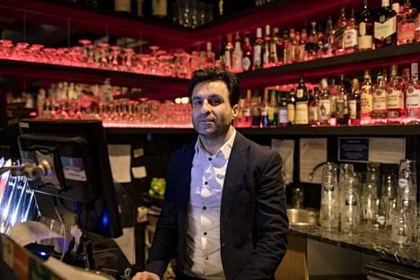Hämeentien Street Barin omistaja Mehdi Sohrabzadeh.
