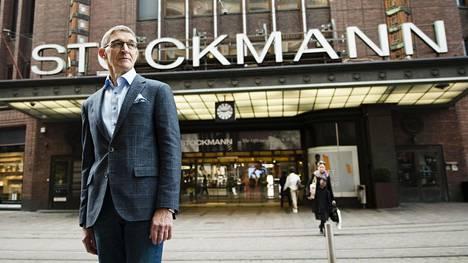 Stockmannin hallituksen puheenjohtaja Lauri Ratia on saanut eläkevuosinaan ihmemiehen maineen. Nyt 73-vuotias Ratia johtaa perinteikkään tavarataloyhtiön pelastusoperaatiota.