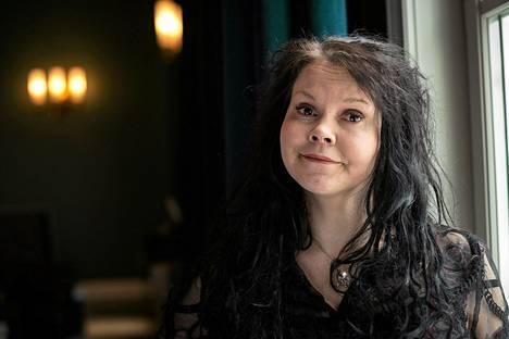 Katja Ketun Yöperhonen on romaani sisusta, rakkaudesta ja vallasta. Kuva Frankfurtin kirjamessuilta 2014.