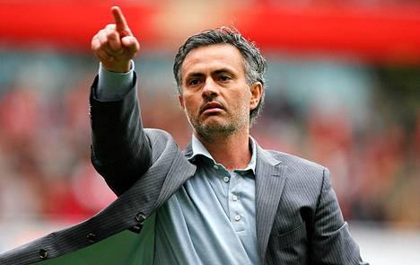 """Jose """"The Special One"""" Mourinhon mukaan Cristiano Ronaldo luulee tietävänsä jalkapallosta kaiken."""