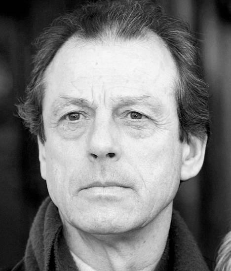 Leslie Grantham (1947-2018).