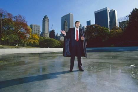 Donald Trump New Yorkin keskuspuistossa 80-luvun loppupuolella.