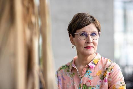 Ennen Ylen tv-uraansa Marjukka Havumäki teki freelancerina radiojuttuja Ylen Kouvolan aluetoimitukselle.