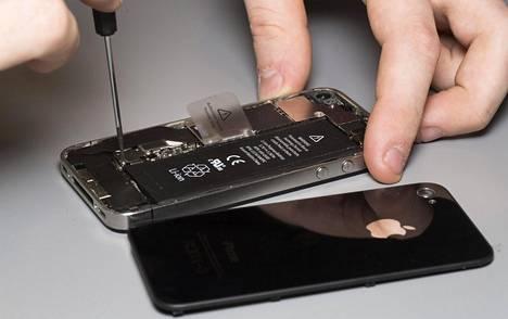 Applen latteiden takuu ei välttämättä raukea, vaikka ne huoltaisi liikkeessä, joka ei ole Applen valtuuttama.