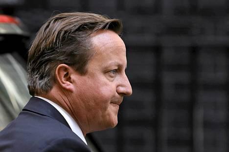 Britannian pääministeri David Cameron keskeytti tiistaina parlamentin kesäloman, jotta Syyrian vastaisista toimista voitaisiin äänestää Britanniassa torstaina.