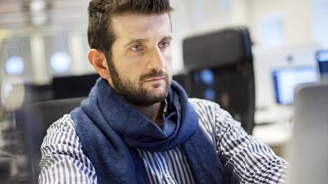 Syyriasta Suomeen tullut Nizar Rahme on Integrify-yrityksen koulutuksessa, jossa turvapaikanhakijoista tehdään koodaajia.