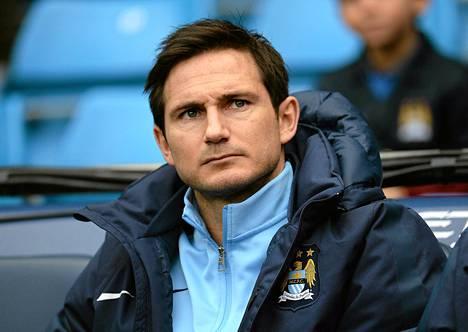 Frank Lampard jatkaa Manchester Cityssä.