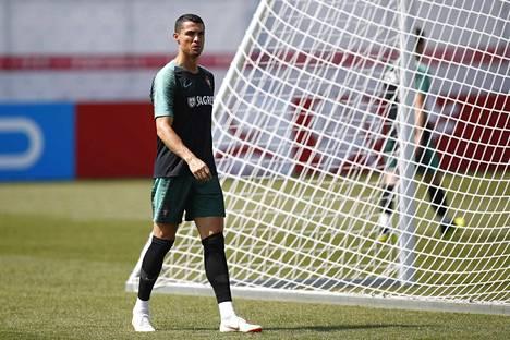 Cristiano Ronaldo taistelee MM-turnauksen maalikuninkuudesta.